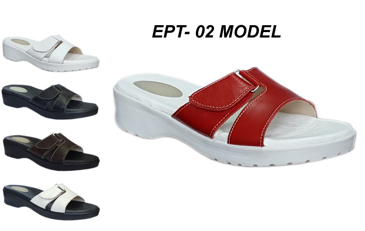 Heel-Spurs-Slippers-Ept02-model